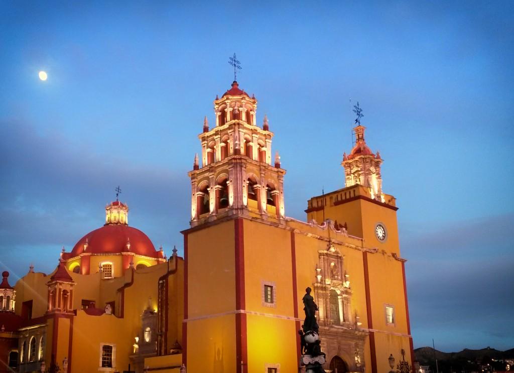 nosotros_church
